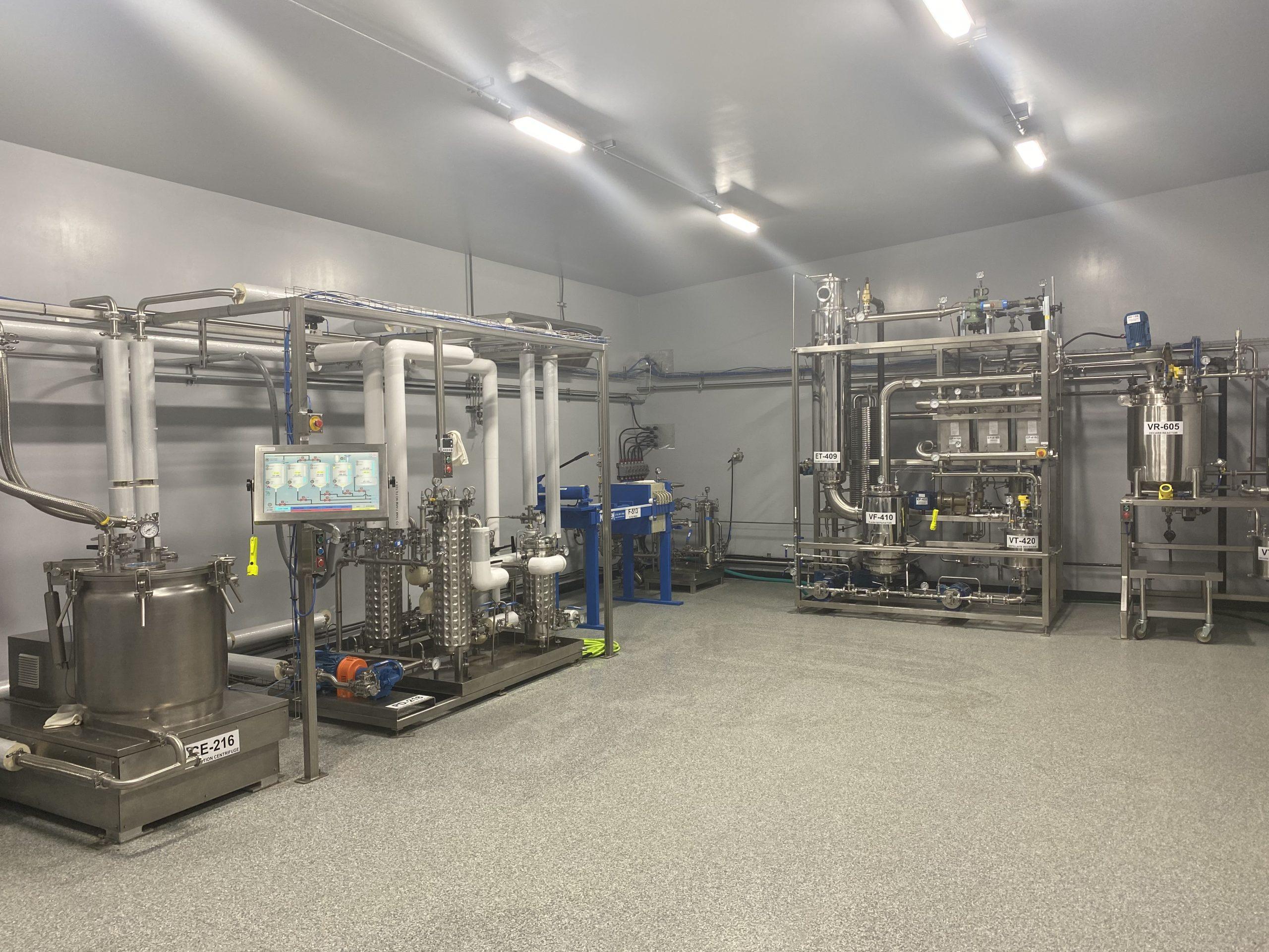 Organic CBD extraction Lab - SubZero Extracts